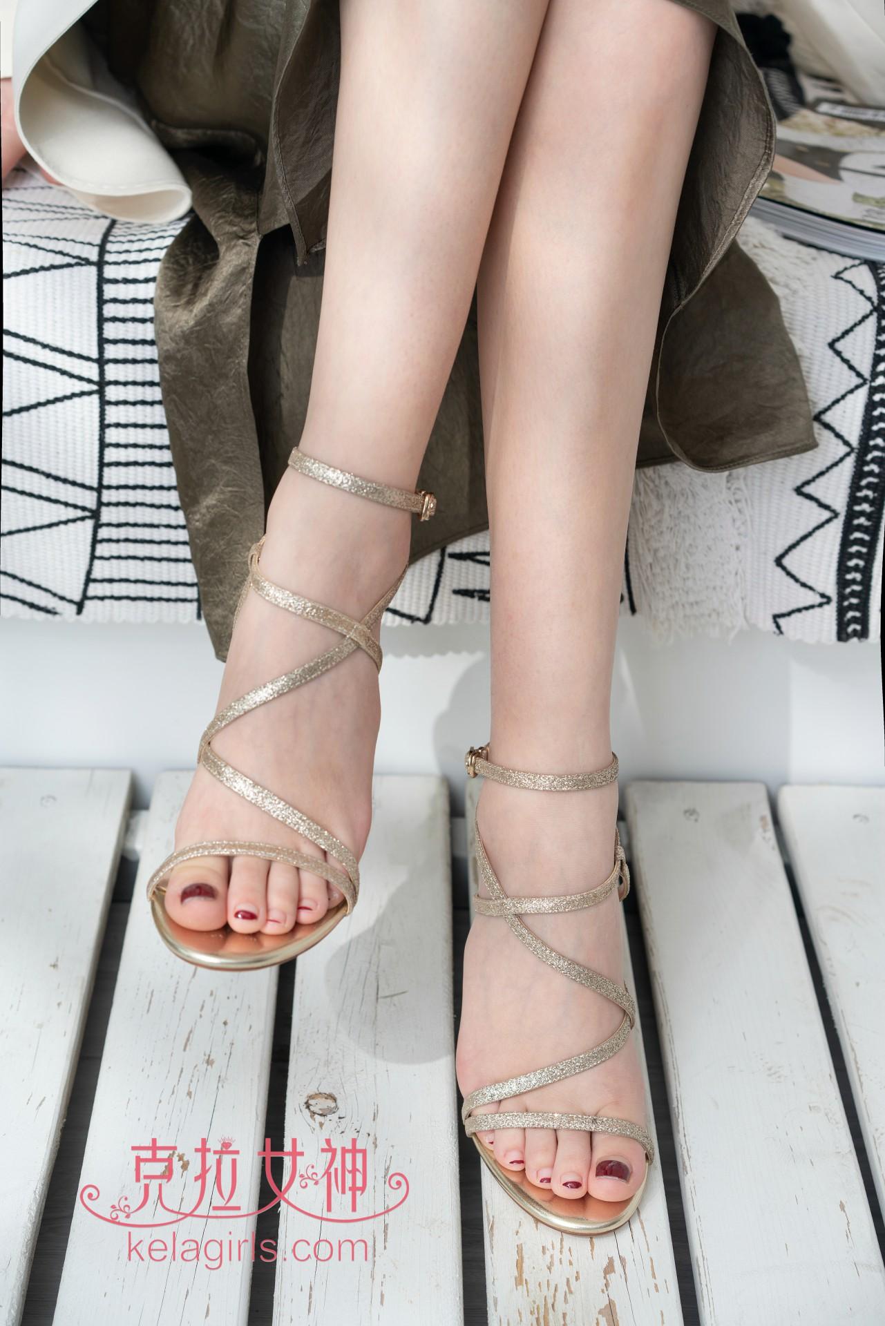 [KeLaGirls克拉女神] 2020.05.20《小脚与西服》小芙