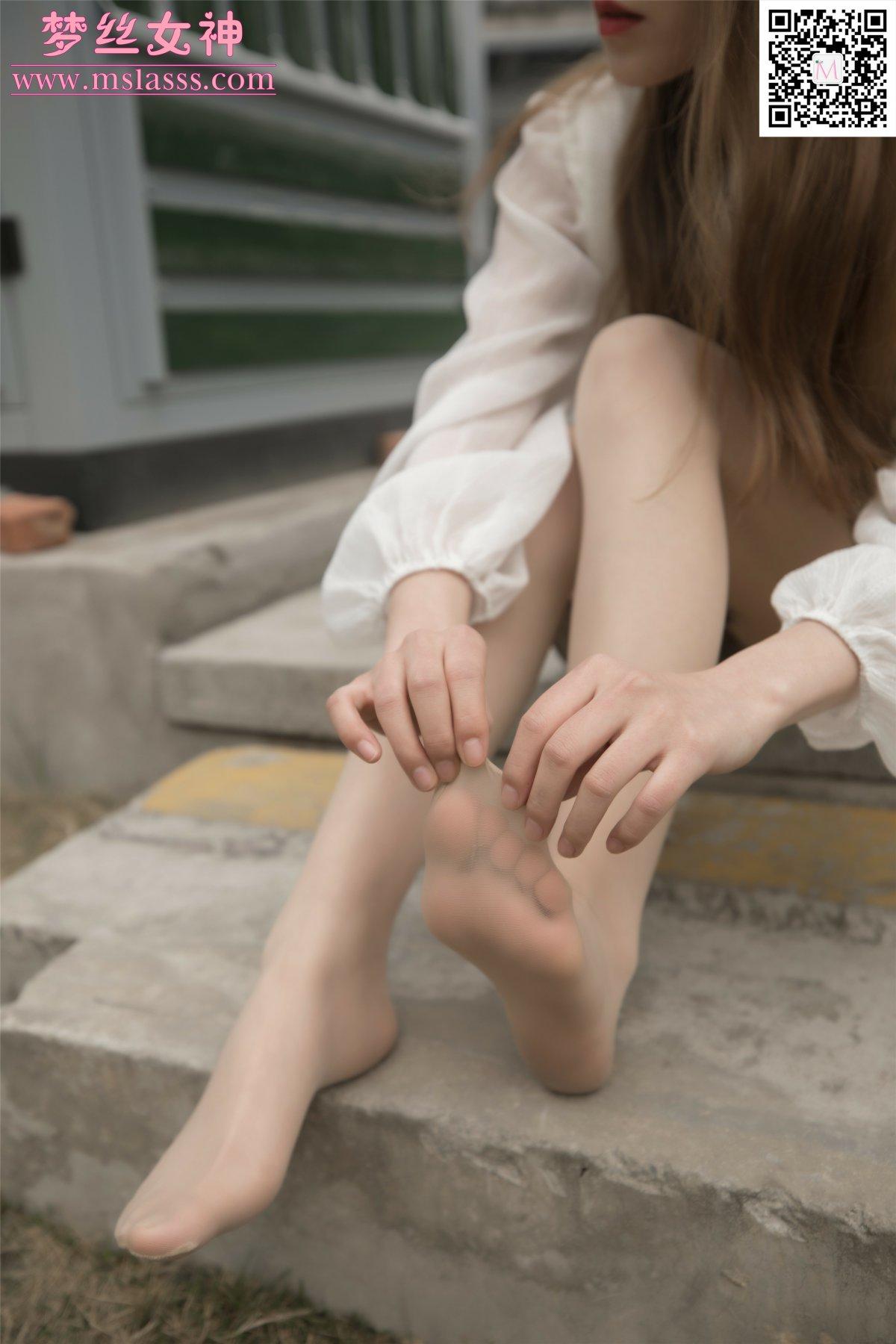 [MSLASS]梦丝女神 – 晓晓 女神的丝袜