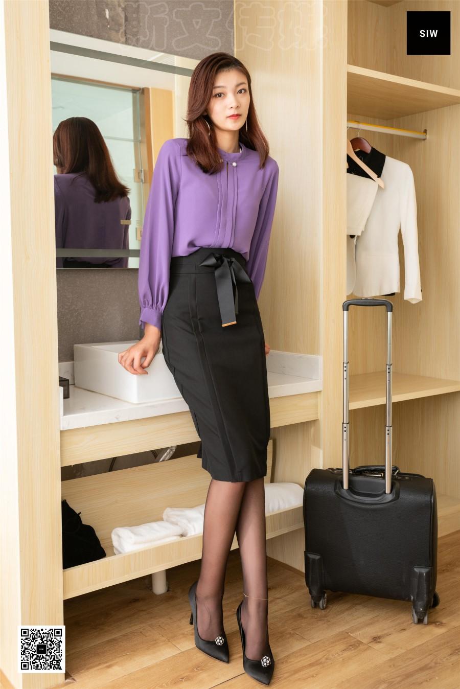 [SIW斯文传媒]VOL.084 嘉慧 长袖立领茄紫色蝴蝶结淑女套裙